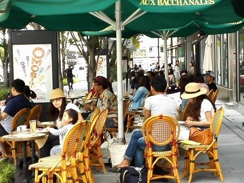 4 オープンカフェ