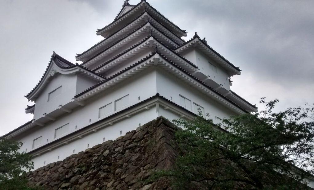 ③鶴ヶ城(すごい迫力です)