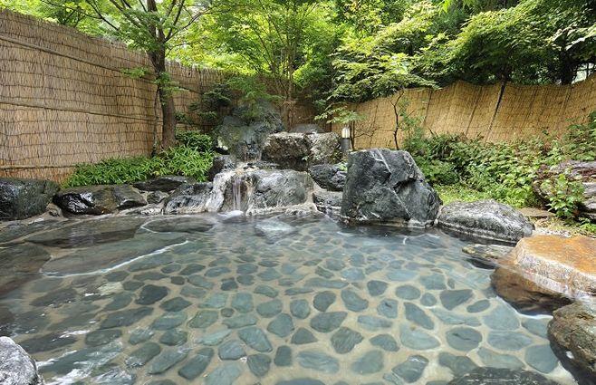 東山温泉露天風呂