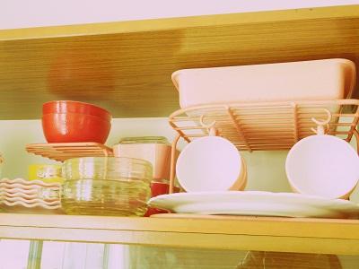 ピンクラック×食器棚