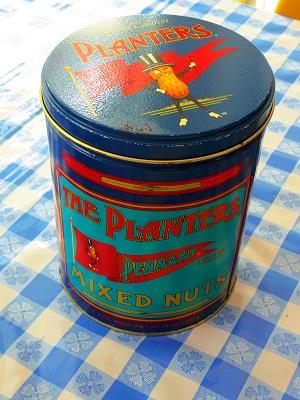 ミスターピーナッツ Tin缶