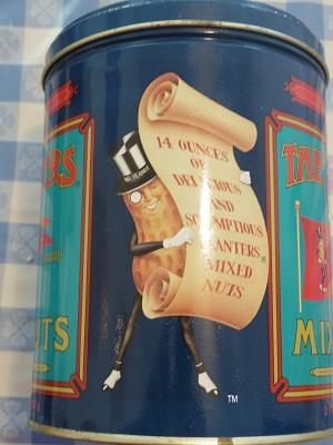 ミスターピーナッツ缶3