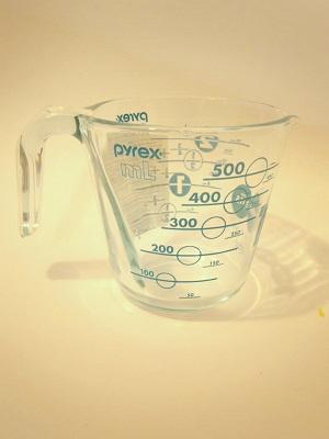 Pyrex100years メジャーカップ ターコイズ2