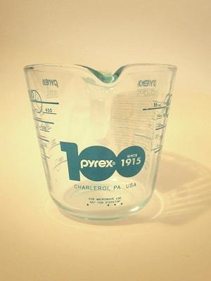 Pyrex100years メジャーカップ ターコイズ3