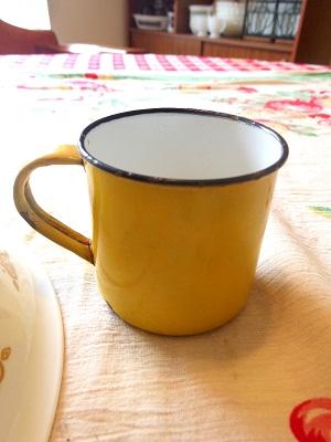 エナメルカップ黄色
