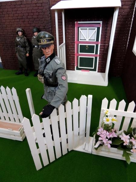 ドールハウス春のお庭- 建設終了?