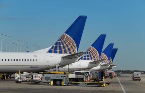 航空券を安く購入する裏技を紹介した男性が航空会社から訴えられ、約900万円の賠償とサイトの閉鎖の訴訟に!