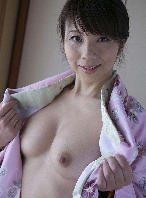 一条美香 美熟女Fカップ巨乳おっぱい画像b04.jpg