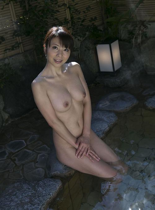 一条美香 美熟女Fカップ巨乳おっぱい画像b08.jpg