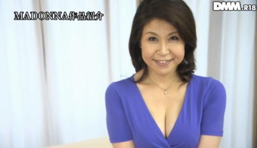水野淑恵 熟女Gカップ巨乳おっぱい画像2a01.jpg