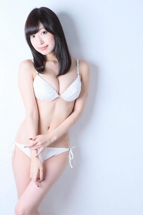 寺田御子Gカップ巨乳おっぱい画像a02.jpg
