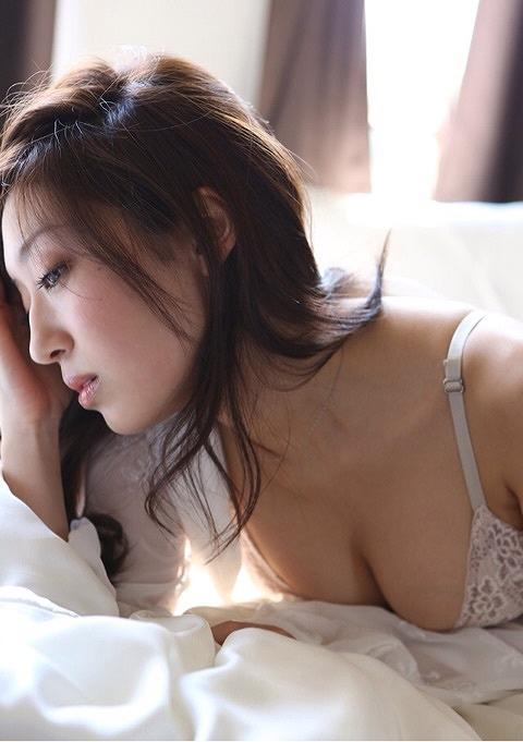 寺田御子Gカップ巨乳おっぱい画像a09.jpg