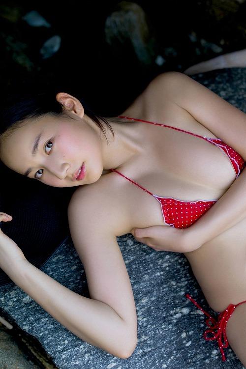 高嶋香帆おっぱい画像a04
