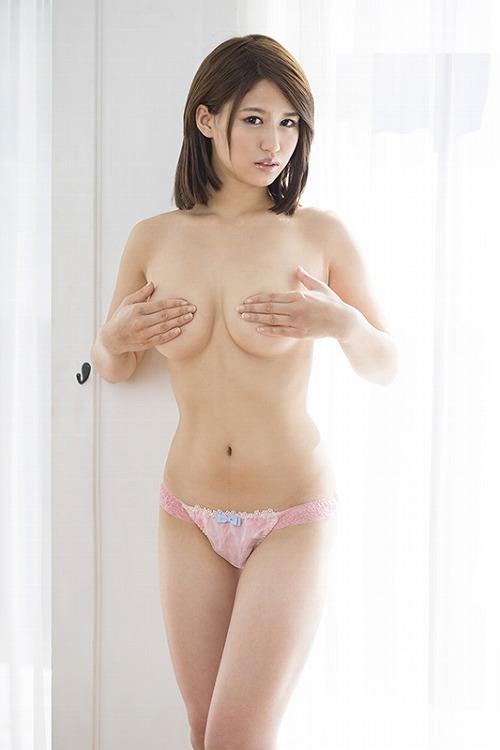 薪田さき巨乳おっぱい画像07