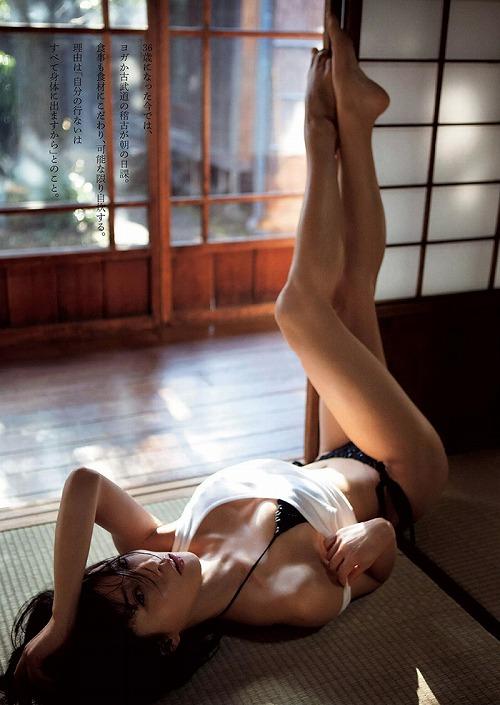 釈由美子おっぱい画像a08.jpg