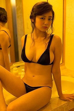片山萌美Gカップ巨乳おっぱい画像b09