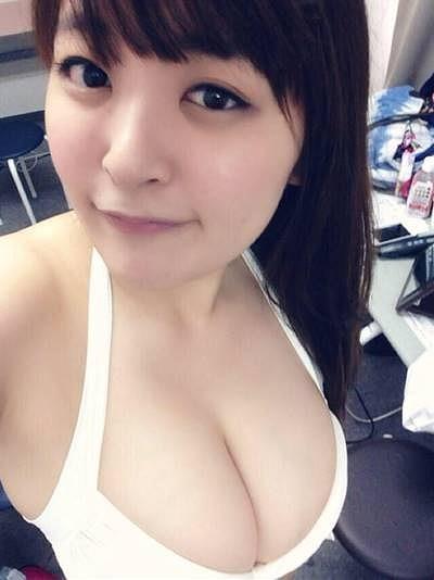 柳瀬早紀Iカップ爆乳おっぱい画像3b10