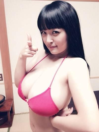 柳瀬早紀Iカップ爆乳おっぱい画像3b14