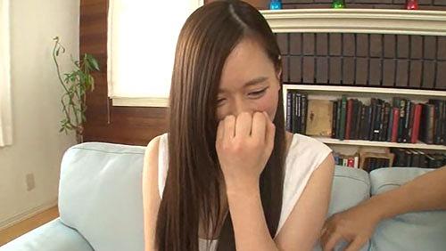 上野莉奈美巨乳おっぱい画像02.jpg