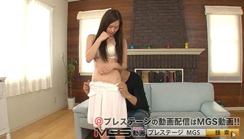 上野莉奈美巨乳おっぱい画像03.jpg