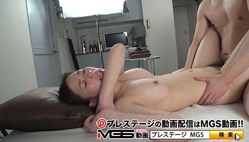 上野莉奈美巨乳おっぱい画像12.jpg