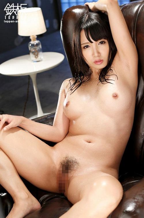 友田彩也香巨乳おっぱい画像3c19