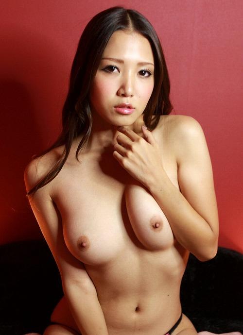 友田彩也香巨乳おっぱい画像c37