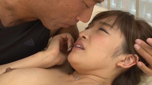 松井優子Fカップ巨乳おっぱい画像a17