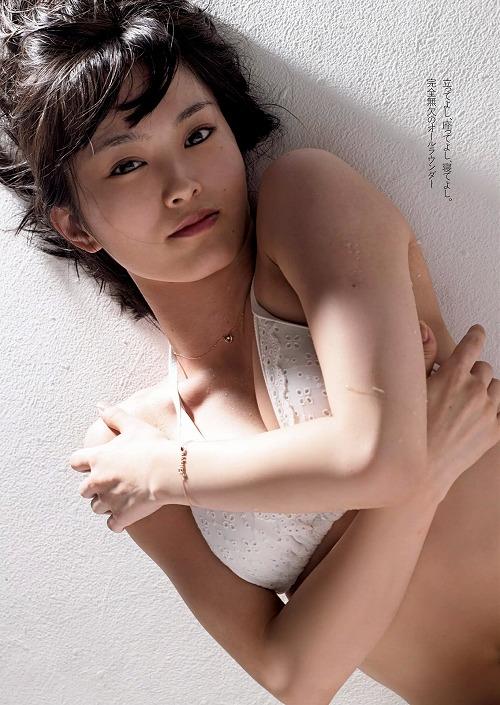 山本彩Dカップ巨乳おっぱい画像b03