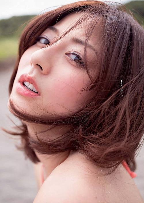 杉本有美セミヌードおっぱい画像a09