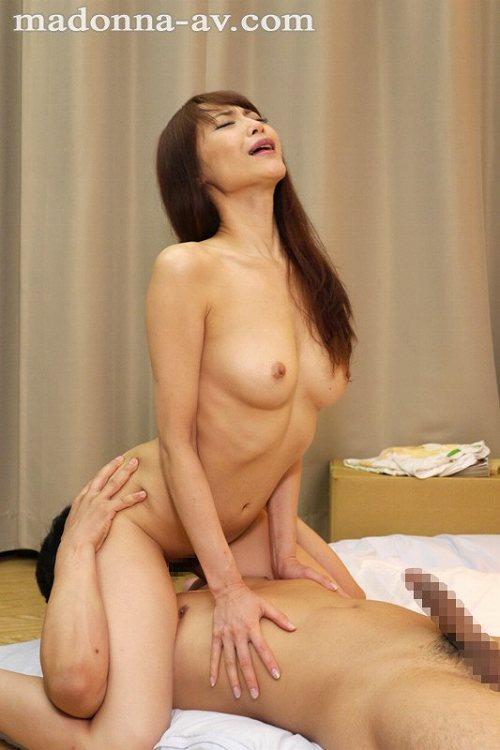 広瀬奈々美Fカップ巨乳おっぱい画像b11