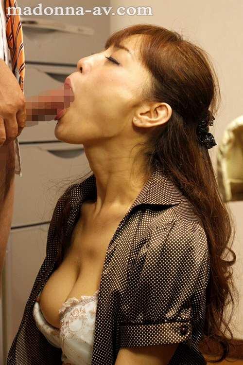 広瀬奈々美Fカップ巨乳おっぱい画像b15