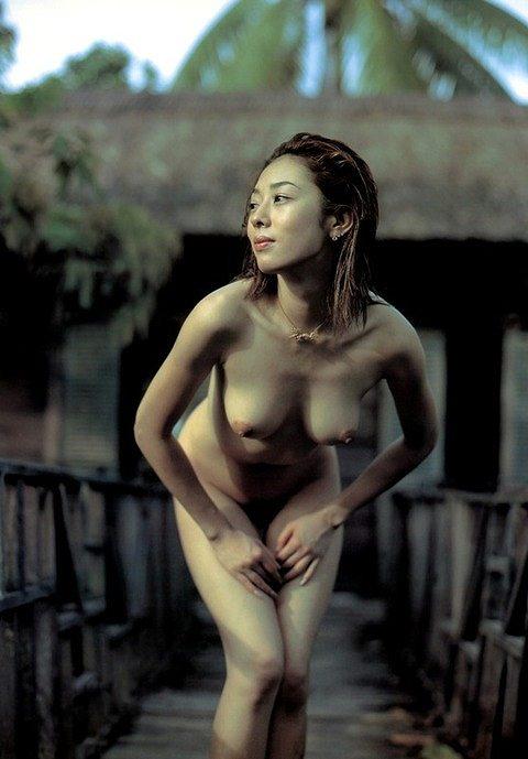 小松千春ヌード画像a05