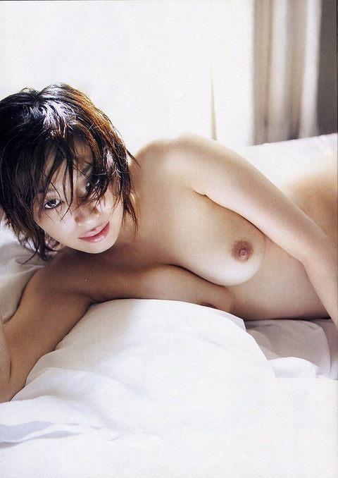小松千春ヌード画像a16