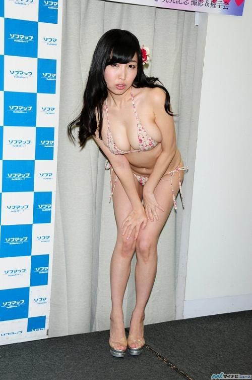 小松詩乃Hカップ爆乳おっぱい画像b11