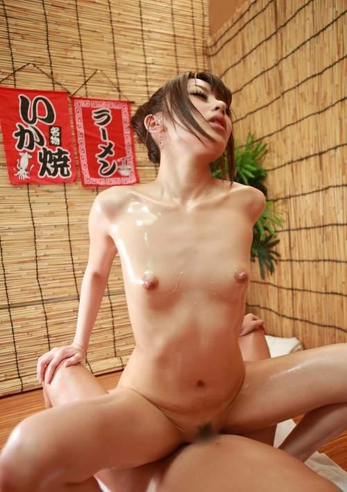 桜井あゆBカップ微乳おっぱい画像b15