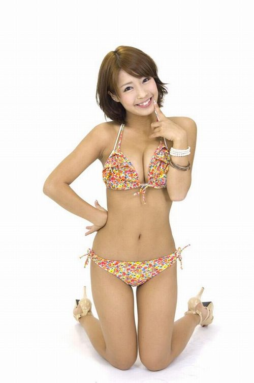 橋本梨菜Gカップ巨乳おっぱい画像2b10