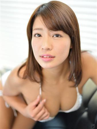 橋本梨菜Gカップ巨乳おっぱい画像b22