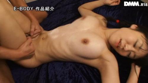 川嶋明香莉Fカップ美巨乳おっぱい画像2b13