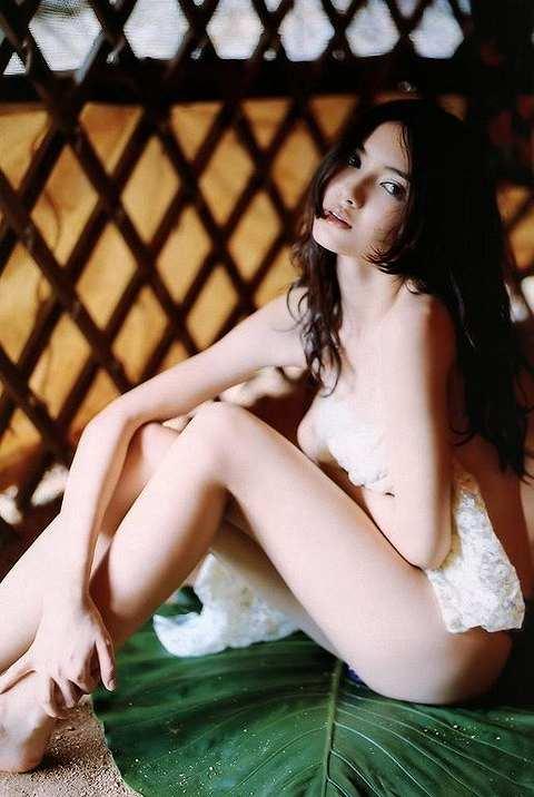 市川紗椰Eカップ巨乳おっぱい画像2a02