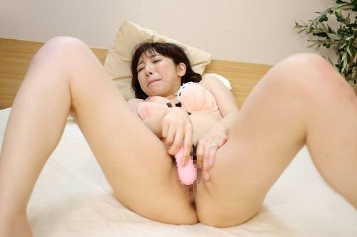 天海玲花巨乳熟女おっぱい画像a12