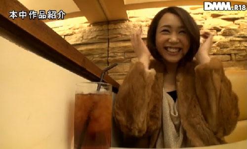 藤本紫媛Fカップ巨乳おっぱい画像2a01