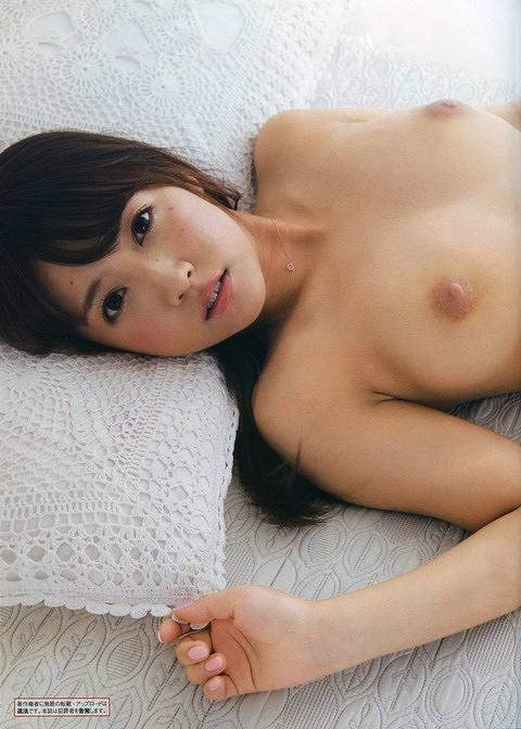 鬼頭桃菜Eカップヌードおっぱい画像b01