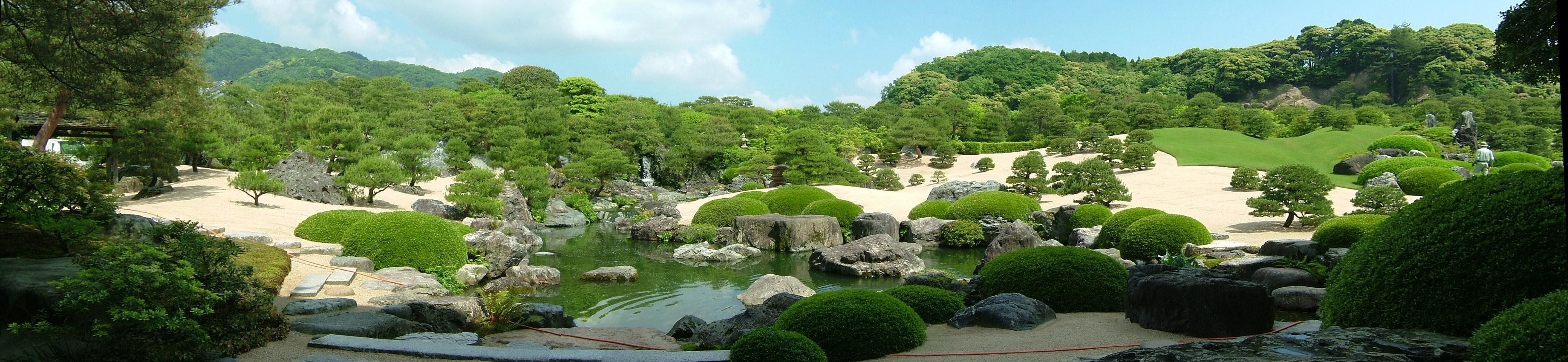 足立美術館庭園パノラマ