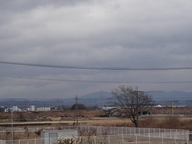 豊田梅坪 山方面の雲