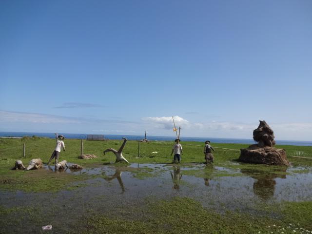 田んぼと太平洋と案山子