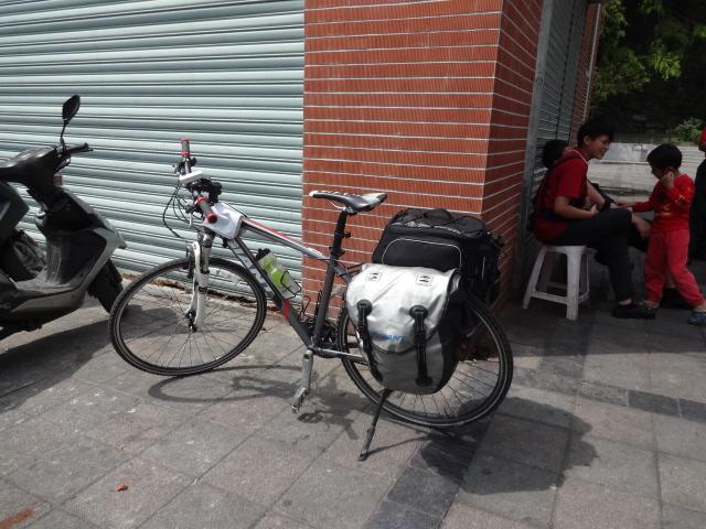天祥で会ったサイクリストの自転車