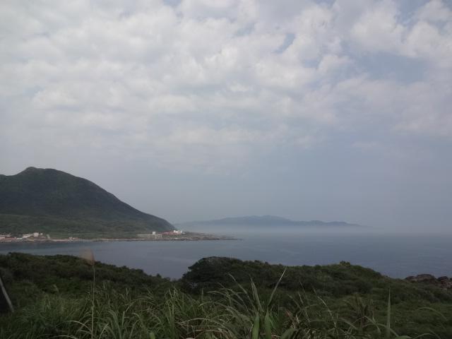 鼻頭山の岬