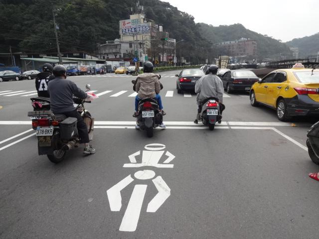 バイク停止エリア