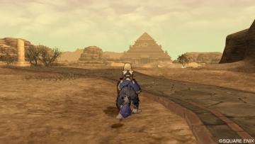 ついにピラミッドに・・・